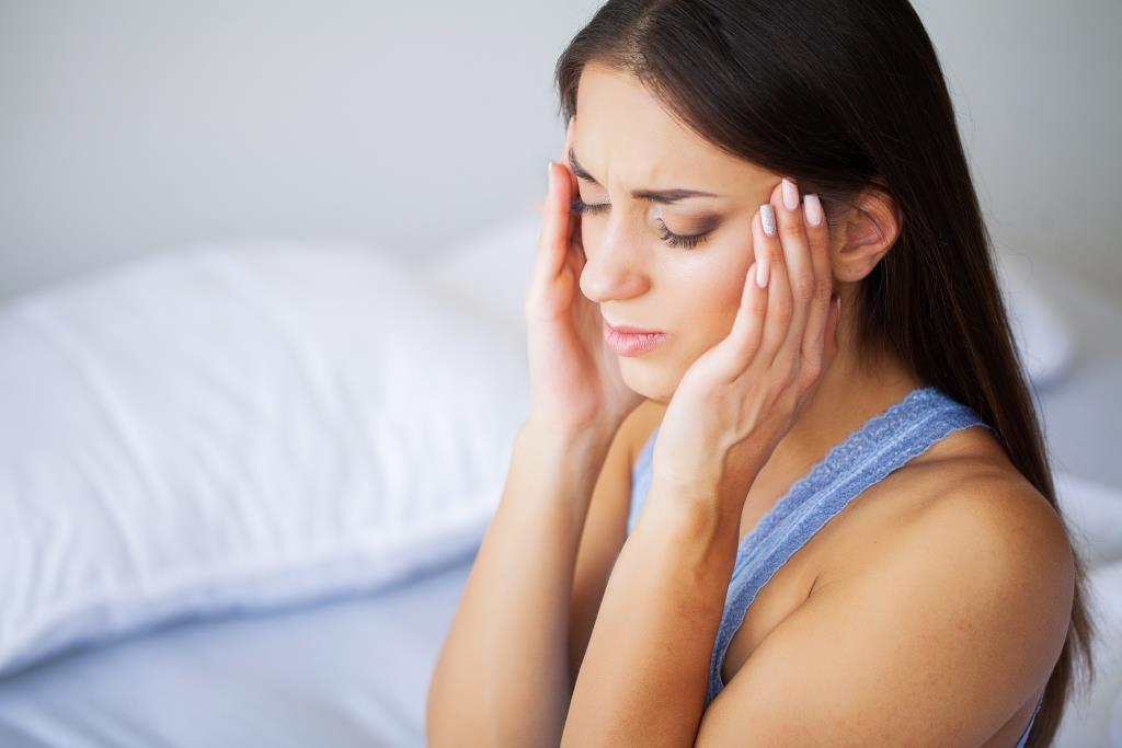 Wanita Sakit Kepala