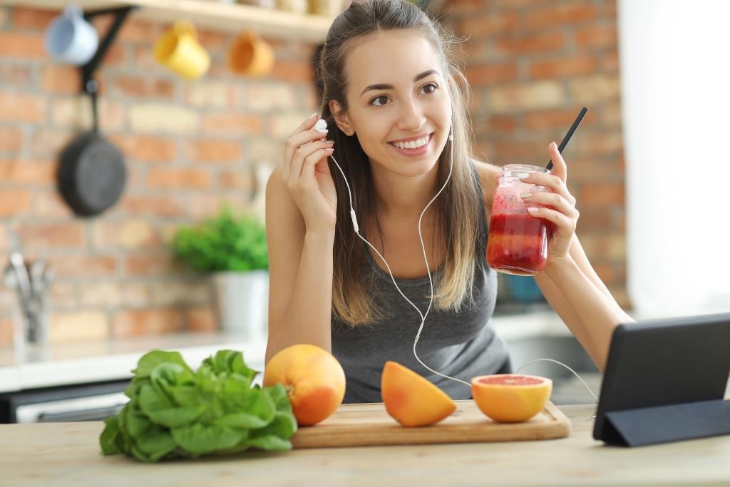 Cara Menghilangkan Jerawat dengan Mengatur Makanan