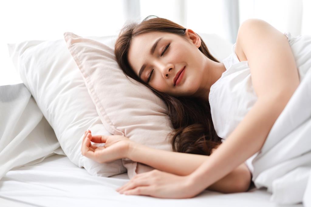 Cara Menghilangkan Jerawat dengan Tidur