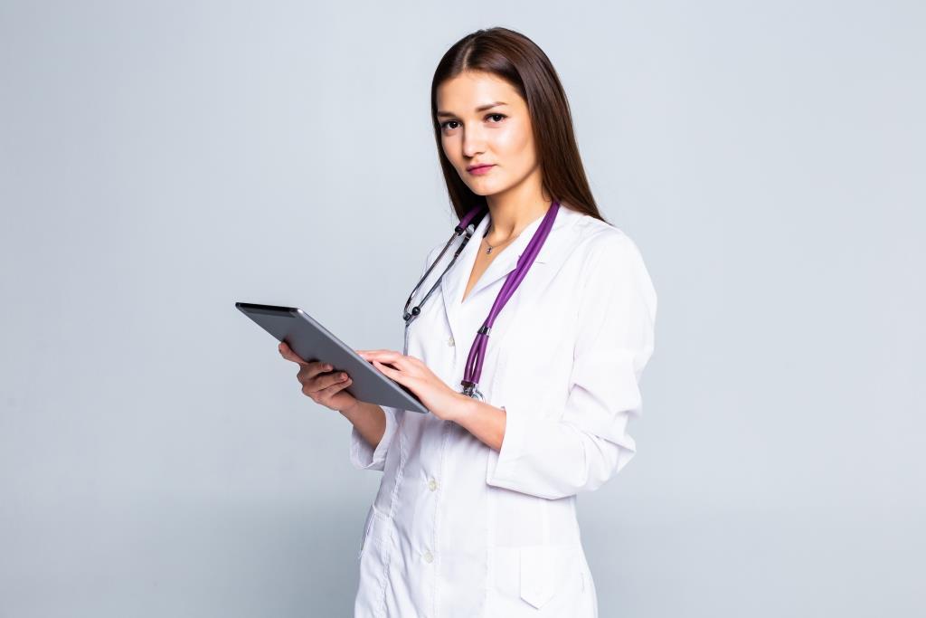 Dokter dan Hasil Tes