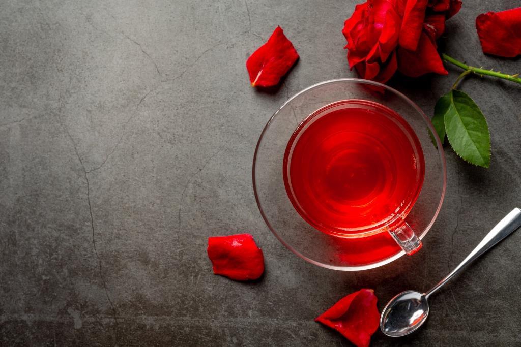 Balur dengan Air Mawar